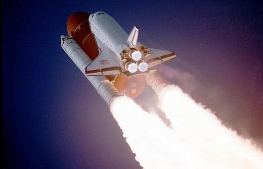 画像:ロケット発射